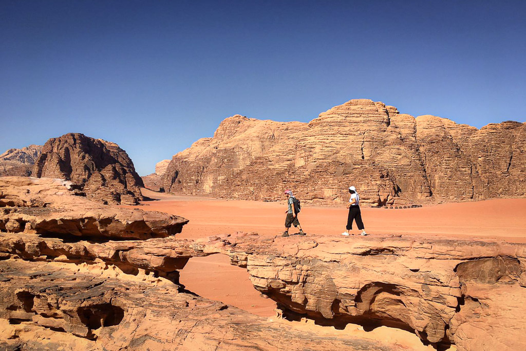 Hiking and trekking in Wadi Rum