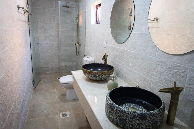 Private Bathroom in Wadi Rum Bedouin Luxury Tent